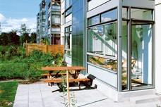 Licht als Bauelement Balkonverglasung