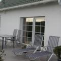 Kunststoff Balkontür Weiß 2 Flügelig mit Sprossen & Rollladen
