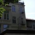 Balkonverglasung als Holz Fenster mit Sprossen