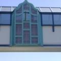 Holzfenster geschwungen Türkis mit Wölbscheiben & Blei