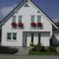 Kunststofffenster Weiß 2 Flügelig mit Rollladen / Sprossen & Dreiecksfenster