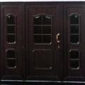 Kunststoff Haustüren mit Seitenteil rechts und links mit Wölb-scheiben