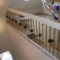 Brüstungsgeländer Esche Weiß Handlauf 40x80 mm & Geländerstäbe Edelstahl mit schwarzen Würfeln & Pfosten Holz Edelstahl Pyramide