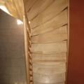 Massivholzwangentreppe Ahorn/Buche 1/8 gewendelt stehender Krümlig Handlauf Omega Profil 50 X 80 mm & Barock gedrehte  Geländerstäbe/Pfosten & gebogene Treppenstufen