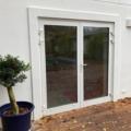 Aluminium Ladentür 2-Flügelig Farbe Weiß mit zwei-teiligen Haustür Bänder beidseitig zu öffnen